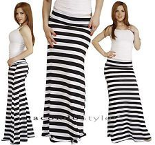 Striped skirt black and white