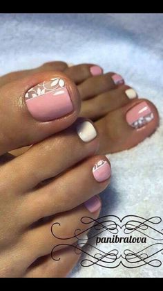 Niedliches Blumen Nagellack Design – - New Sites Diy Nagellack, Nagellack Design, Nagellack Trends, Pretty Toe Nails, Cute Toe Nails, My Nails, Gel Toe Nails, Pretty Toes, Acrylic Nails