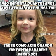 Verdade.. Kkkk New Funny Memes, Memes Humor, Funny Images, Funny Photos, High School Memes, Funny Christmas Movies, Work Humor, Funny People, Crazy People