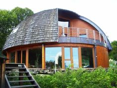 (65) Одноклассники Yurt Living, Geodesic Dome Homes, Underground Homes, Natural Homes, Dome House, Timber Frame Homes, Round House, House In The Woods, Log Homes
