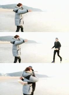 i remember, when this beautiful moments really makes me crying Hug Wu Yi Fan pic.twitter.com/u04DJ9Kdli