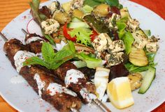 Try ground turkey as a delicious new option on century old, favorite spice meat grilled kebab entree that will pair beautifully with a warm pita and salad. Greece Food, Lamb Kebabs, Kebabs On The Grill, Musaka, Cucumber Yogurt, Tzatziki, Greek Salad, Salads, Vegetables