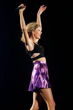 . Taylor Swift performs at Levi\'s Stadium in Santa Clara, Calif., on Friday, Aug. 14, 2015. (Jim Gensheimer/Bay Area News Group)