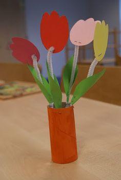 noflik nifelje: cute ( 60e van 365 dagen ) & de peuters maken tulpen!