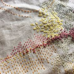 Fantastic Free visible Mending Style For your environmentally friendly long term it is vital that many of us restore vital capabilities f Sashiko Embroidery, Japanese Embroidery, Embroidery Applique, Cross Stitch Embroidery, Embroidery Patterns, Cross Stitches, Stitch Patterns, Embroidery Thread, Fabric Crafts