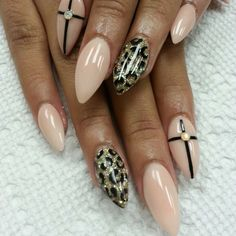 Love the design but Not the Shape. nude glory nail art by Haily Velez