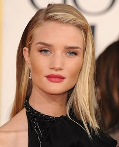 Rosie Huntington Whiteley Makeup and Hairstyle