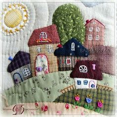 Patchwork: patchwork e trapuntatura - non una lotta - Sewing - Patchwork Hand Quilting Patterns, Quilting Projects, Fabric Patterns, Sewing Projects, Hand Applique, Wool Applique, Applique Quilts, House Quilts, Fabric Houses