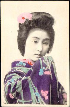 1910 Japan» Beautiful Geisha in Kimono
