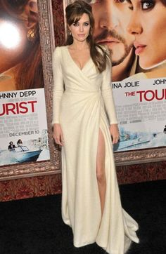 d7984aed76 Angelina Jolie in an Ivory Balmain gown Evening Dresses