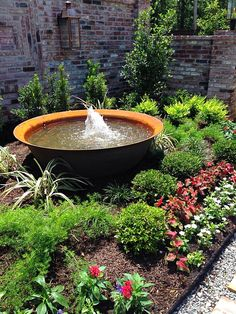 Amzing collection of garden ideas including flower, grass, and fence. Hardscape, Fountains Backyard, Amazing Gardens, Iron Water, Outdoor Gardens, Pond Landscaping, Bird Bath Garden, Backyard Water Feature, Water Features In The Garden