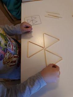 ESKARIELÄMÄÄ Kids Learning, Frame, Mathematics, Decor, School, Ideas, Preschool, Picture Frame, Math