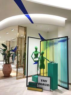 Shanghai for Galeries Lafayette Window Display Design, Shop Window Displays, Visual Merchandising, Clothing Store Design, Warehouse Design, Diy Room Divider, Store Interiors, Exhibition Display, Retail Shop