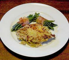 Schnitzel in Kartoffelkruste, ein schönes Rezept aus der Kategorie Grundrezepte. Bewertungen: 2. Durchschnitt: Ø 3,5.
