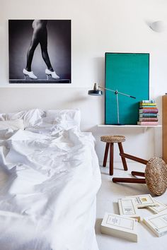Stylish Ways to Display Art Around Your Home | Apartment Therapy