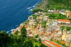 All about taking trains in the Cinque Terre!