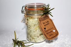 DIY rosemary-lemon salt very easy to make yourself - easy .- DIY Rosmarin-Zitronen Salz ganz einfach selber machen – leichtes Rezept DIY, handicrafts: gifts from the kitchen rosemary – lemon – salt, food – DIYCarinchen - Christmas Appetizers, Appetizers For Party, Appetizer Recipes, Lemon Salt, Paleo Meal Plan, Kitchen Gifts, Diy Food, Paleo Recipes, Paleo Food