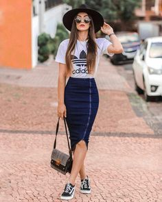 Cool High Waisted Skirt and Sneakers Outfit Look Fashion, Trendy Fashion, Womens Fashion, Fashion Trends, Style Outfits, Casual Summer Outfits, Casual Pencil Skirt Outfits, Formal Outfits, Black Outfits