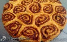 Kókuszos-kakaós csigatorta recept fotóval Pepperoni, Apple Pie, Waffles, Pizza, Breakfast, Desserts, Food, Morning Coffee, Tailgate Desserts