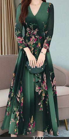 Beautiful Dress Designs, Beautiful Gowns, Modest Dresses, Bridal Dresses, Winter Maxi Dresses, Frock Fashion, Fashion Dresses, Edgy Dress, Pakistani Formal Dresses