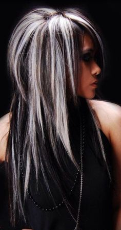 Black Wavy Hair With Silver Blonde Highlights (medium layered hair black) Guy Tang Hair, Great Hairstyles, Blonde Hairstyles, Scene Hairstyles, Layered Hairstyles, Hairstyles 2018, Hairdos, Braided Hairstyles, Hair Color And Cut