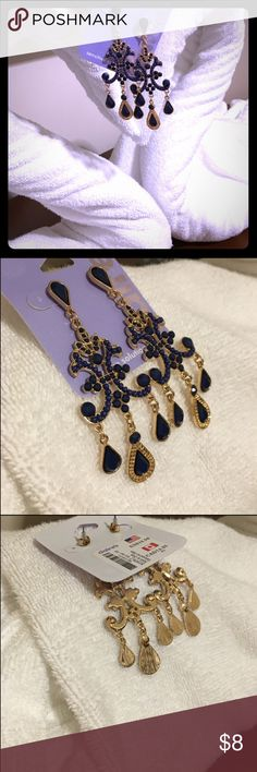 Chandelier Earrings Blue & Gold Brand New Chandelier Earrings  Color Blue & Gold Mediterranean, Cobalt, Dark Sea Features Sensitive Solutions  Style Resort Wear, Cruise Attire Accessories Similar Guess, Forever 21, H&M & more.. Enjoy! Claire's Jewelry Earrings
