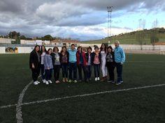 """Las """"Chicas U. D. La Fuente"""" con Ismael Santos Navarro, nuestro campeón particular..."""