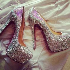 Sparkly heals.... want to wear these on my wedding