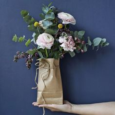 Tuesday flowers in recycled wrapping. Interior Stylist, Color Shades, Flower Fashion, Recycling, Floral Wreath, Stylists, Wraps, Wrapping, Tuesday