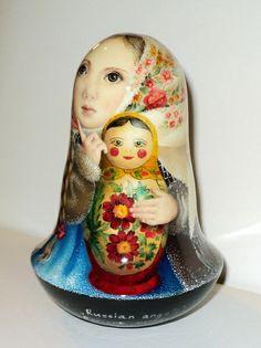 painting matryoshaka dolls | ... painting art roly poly russian girl Akulina & matryoshka nesting doll