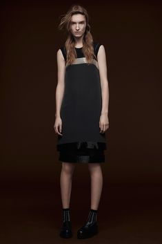 Vera Wang Pre-Fall 2015 - Collection - Gallery - Style.com