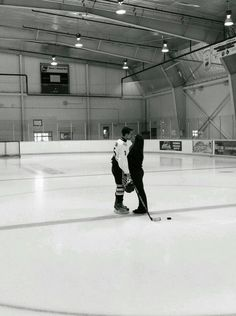 Ice rink. All my life.   Mes Passions.