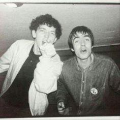 oasis world ( Lennon Gallagher, Liam Gallagher Oasis, Noel Gallagher, Oasis Music, Liam And Noel, Oasis Band, Britpop, Best Rock, Jimi Hendrix