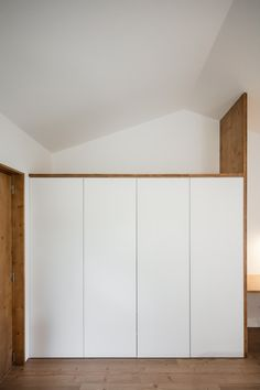 Image 18 of 28 from gallery of Gafanha House / Filipe Pina. Photograph by João Morgado Mini Clubman, House Built Into Hillside, Joinery, 18th, Architecture, Gallery, Carpentry, Furniture, Home Decor