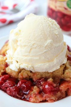 The 12 Best Holiday Slow-Cooker Desserts  via @PureWow