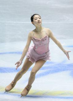 Zijun Li Photos - ISU World Team Trophy 2013 - Day 3 - Zimbio