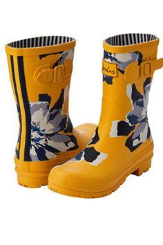 Women's Ankle Rain Boots, Best Rain Boots, Rubber Rain Boots, Rainy Weather, Business Dresses, Joules, S Star, Casual Shirts, Calves