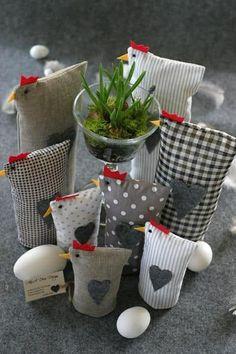 Könnte pro Türstopper zunehmen autour du tissu déco enfant paques bébé déco mariage diy et crochet Sewing Projects, Craft Projects, Projects To Try, Crafts To Make, Kids Crafts, Chicken Crafts, Spring Crafts, Easter Crafts, Bunny Crafts