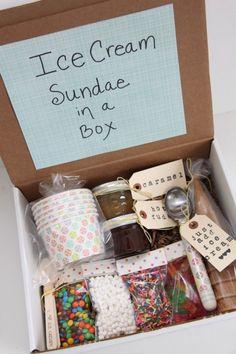 Ice Cream Sundae in a Box! Super cute gift for families#DIY Christmas Gift Ideas by lea Diy Holiday Gifts, Homemade Christmas Gifts, Homemade Gifts, Christmas Diy, Diy Gifts, Best Friend Gifts, Gifts For Friends, Best Friends, Mason Jar Crafts