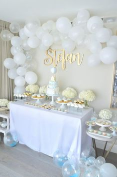 Blue, White and Gold Hot Air Balloon Christening Party Cake Table Hot air balloon Baptism Baby Boy Christening Decorations, Baptism Party Decorations, Christening Cake Boy, Baby Boy Baptism, Birthday Cake Table Decorations, Christening Table Decorations, Christening Balloons, Cake Table Birthday, Baptism Cakes