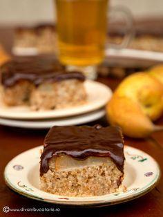 prajitura-de-post-cu-pere-si-ciocolata-0 Cakes, Desserts, Food, Kitchens, Tailgate Desserts, Deserts, Food Cakes, Eten, Postres