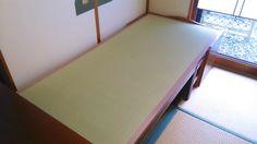 ベンチ兼来客時のベッドに使う畳