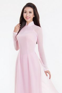 Hoa hậu Mỹ Linh cùng hai á hậu diện áo dài màu pastel