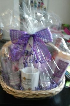 Calgon Spa Basket with wine and tea