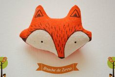 Broche de Zorro / Fox Brooch / Pin por Mandarinasdetela en Etsy, $11.00 | Mandarinas mandarinasdetela.wordpress.com | #handmade #doll