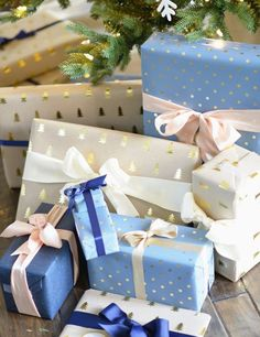 Elegant christmas gift wrapping ideas you can make yourself 00 00024 Wrapping Ideas, Elegant Gift Wrapping, Creative Gift Wrapping, Baby Shower Wrapping, Holiday Gifts, Christmas Gifts, Gift Wraping, Elegant Christmas, Christmas Gift Wrapping
