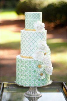 <3 <3 ADD diy www.customweddingprintables.com #customweddingprintables ... Minty wedding cake   #mint #weddingcake