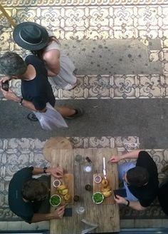La tradition argentine sur 3 niveaux, avec un rooftop sur Paris. Dans le passage le plus ancien de Paris, passage des Panoramas, notre dernier restaurant vient d'ouvrir sur trois niveaux.  Clasico Argentino, passage des panoramas, Paris 2.