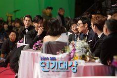 awesome Actor Kim Soo Hyun at 2014 SBS Drama Awards