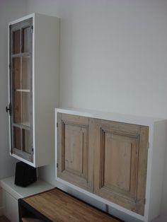Hangende vitrine en TV kast